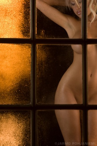 window-posing