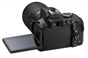 Nikon-D5300_BK_18_140_LCD_3-300x199