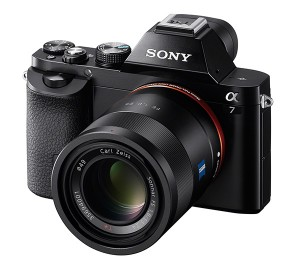 Sony-7_wSEL55F18Z_right-300x265