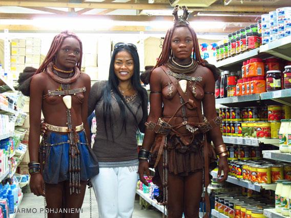 3-mary-posing-supermarket