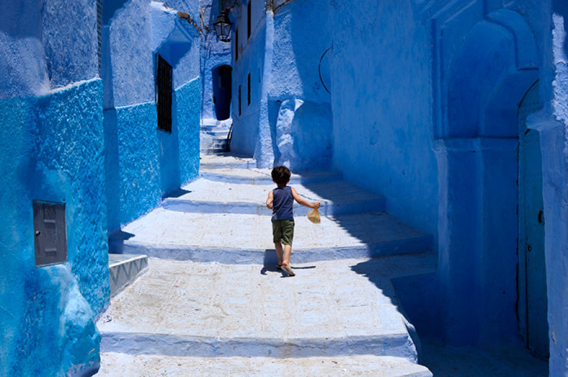 blue-streets-of-chefchaouen-morocco-12-660x438