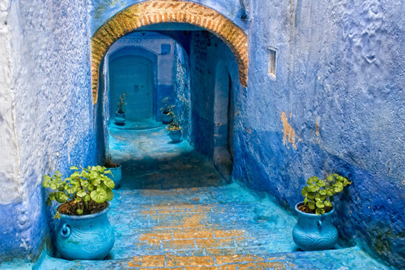 blue-streets-of-chefchaouen-morocco-14-660x442