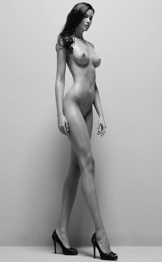 golie-visokie-stroynie-devushki