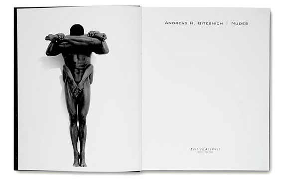 Andreas_H._Bitesnich_Nudes_book_01
