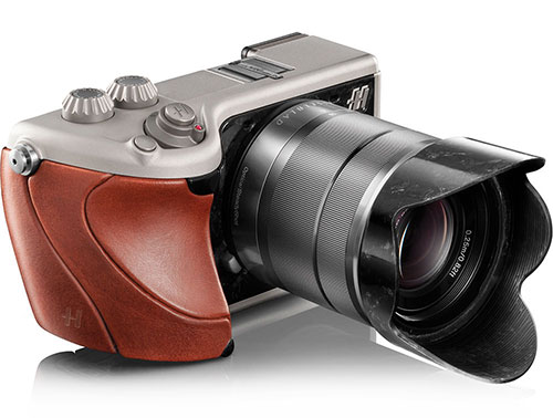 hasselblad_lunar_camera_brown_500