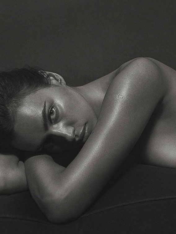 irina-shayk-poses-nude-for-gq-italia-september-cover-story-the-dapifer-3